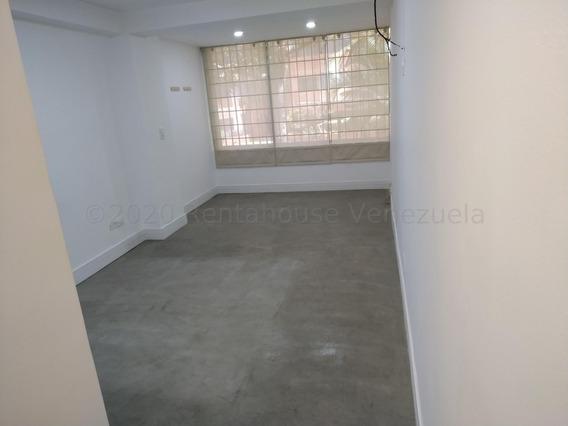 Apartamento En Alquiler En Los Samanes, Baruta #21-1142 Cb