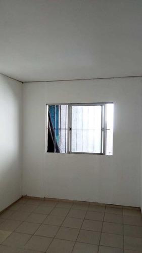 Un Dormitorio,s/gastos Co,14900 A 1 De La Rambla, Iluminado