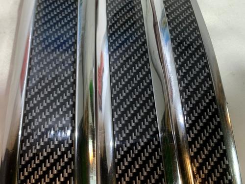 Moldura Autoadhesiva Pisadera Zocalos Autos Silver 3cmxm R36