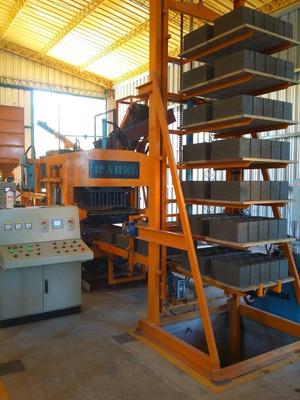 Alquilo Fabrica De Bloques Y Adoquines De Hormigon