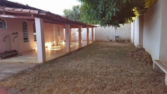 Casa Em Plano Diretor Sul, Palmas/to De 193m² 4 Quartos Para Locação R$ 1.200,00/mes - Ca352611