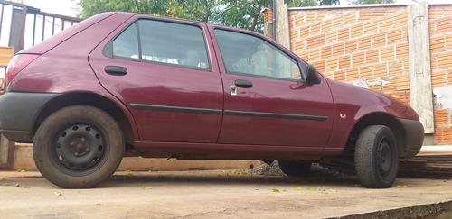 Imagem 1 de 8 de Ford Fiesta 1.0 5portas Gasolina
