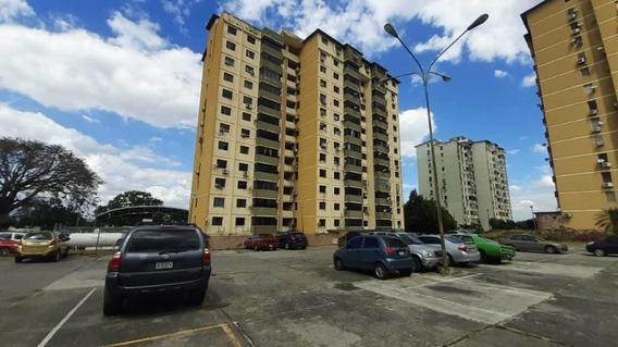 Apartamento En Venta Las Guacamayas 20-22863 Rbw