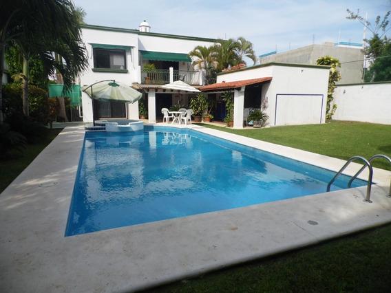 Casa Tipo Colonial En Residencial Campestre