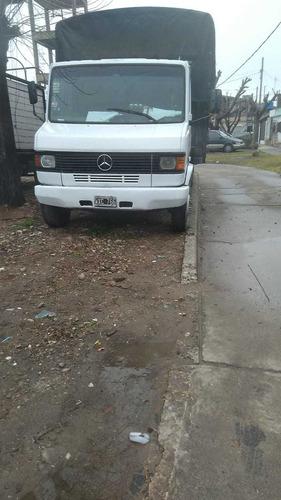 Imagen 1 de 5 de Mercedes Benz 710
