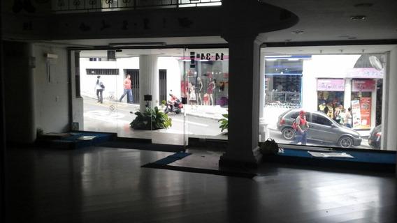 Alquiler De Local Comercial- 219 M2 -centro
