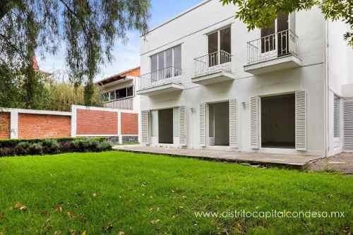 Casa Con Uso De Suelo De Oficinas En Palmas, Lomas De Chapultepec, Cdmx