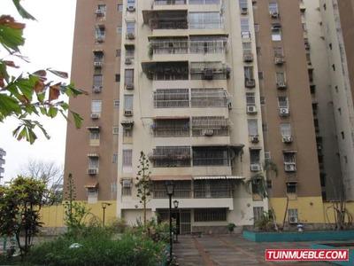 Apartamento En Venta Urb Parque Aragua 19-9324 Mv