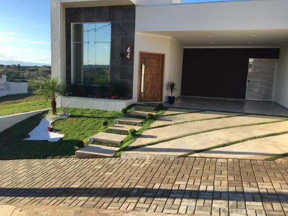Sobrado Com 3 Dormitórios À Venda, 160 M² Por R$ 640.000 - Vila Branca - Jacareí/sp - So0659