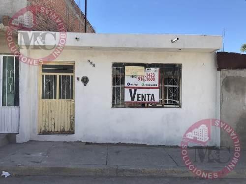 Venta Amplia Casa De Un Piso En Fracc. Las Cumbres, Ags