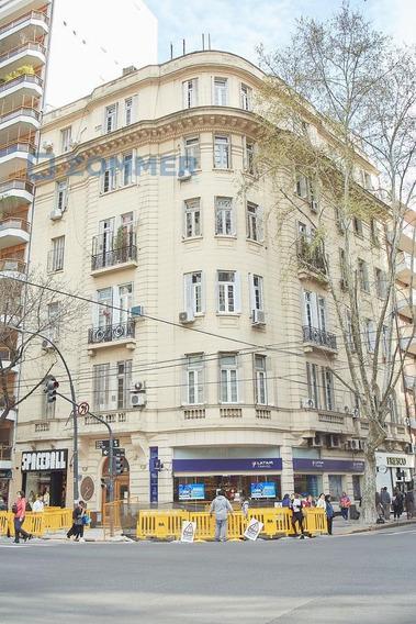 Oficina Y Vivienda En Venta, Palermo - 5 Ambientes Estilo Francés En Esquina