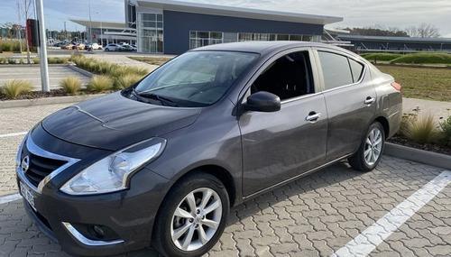 Nissan Versa Extra Full 1.6 2018