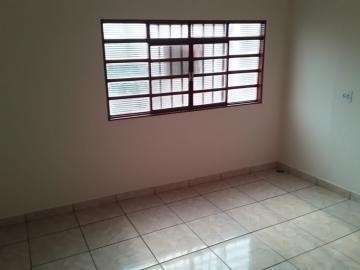 Apartamentos - Ref: 13713