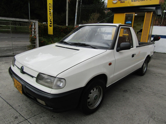Skoda Pick-up Lxi 1300 Cc