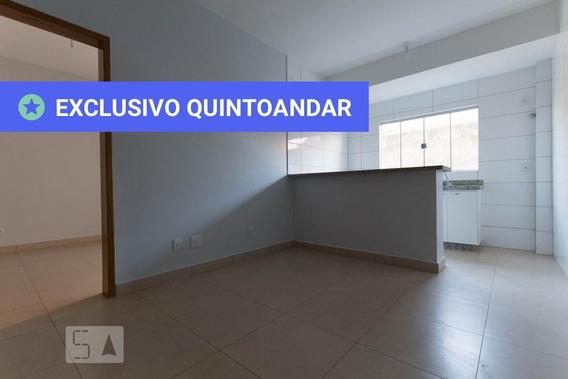 Studio Térreo Com 1 Dormitório E 1 Garagem - Id: 892945102 - 245102