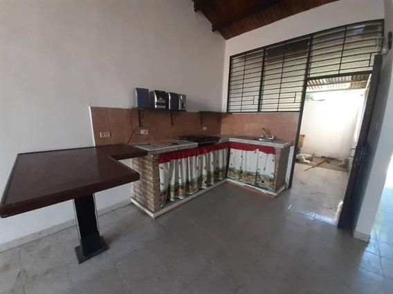 Casa En Venta En Cabudare Palavecino, Al 20-3872