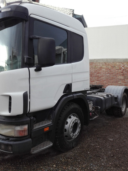 Scania P 114 Año 2001