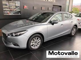 Mazda 3 Touring Sedan Mecánico. Plata Estelar 2020