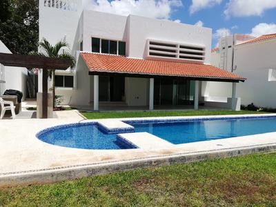 Vendo Residencia Ubicada En Exclusiva Zona De Cancun