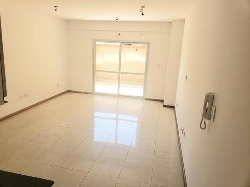 Departamento - Villa Luro - Patio - Parrilla . Monoambiente A Estrenar - Patio - Luminoso
