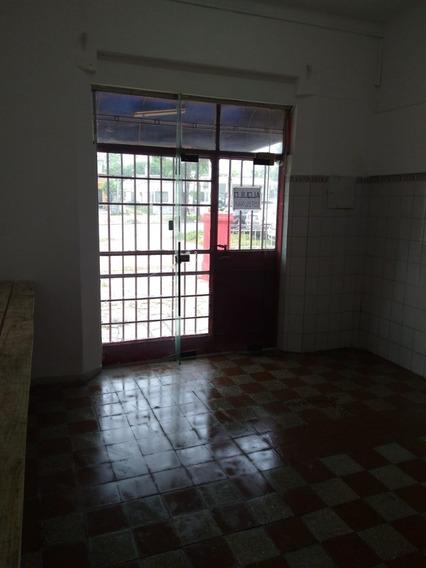 Local Comercial Sobre Camino Maldonado 50 Mtrs, Baño Cocina