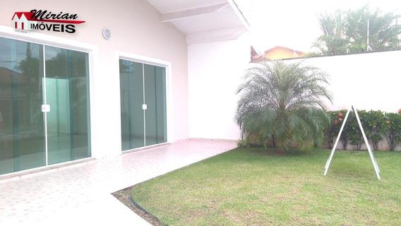 Casa Em Bairro Nobre A 100 Metros Do Mar. 3 Dormitórios Sendo 1 Suíte,sala Para 2 Ambientes Wc Social ,área De Lazer Com Churrasqueira E Garagem Para 3 Autos. - Ca01066 - 33905633
