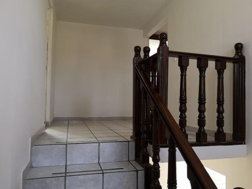 Casa En Venta En Col Juan De La Barrera