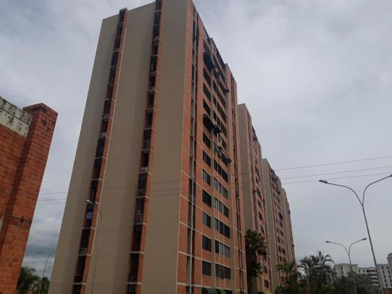 Apartamento En Venta Urb Bosque Alto Maracay/ 20-20882 Wjo
