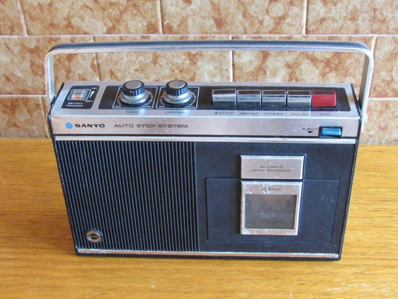 Radio Sanyo Toca-fitas