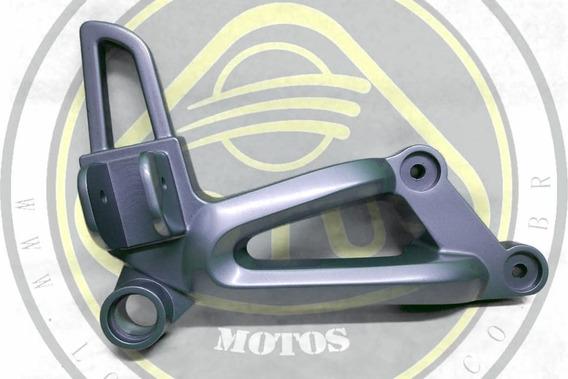 Bacalhau Suporte Pedal Tras Direito Dafra Next 250 300 50825