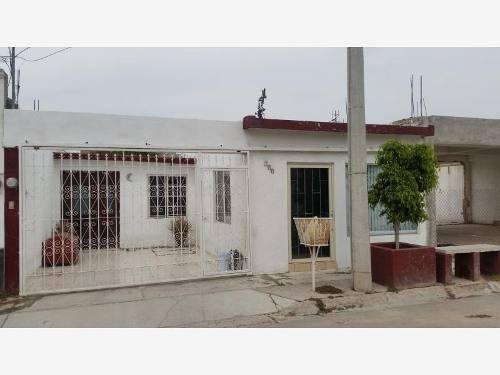 Casa Sola En Renta Castellanos