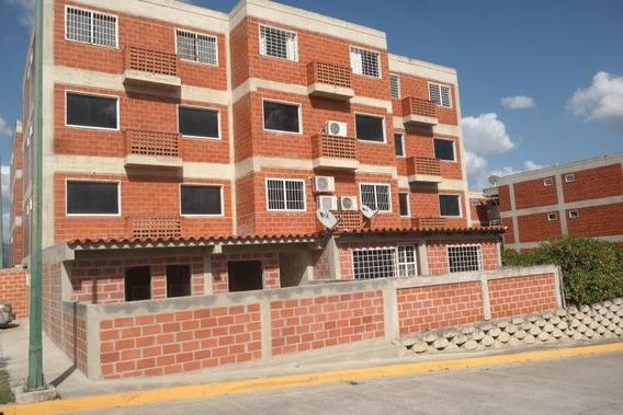 Bellisimo Apartamento En Excelente Urbanizacion De Guarenas