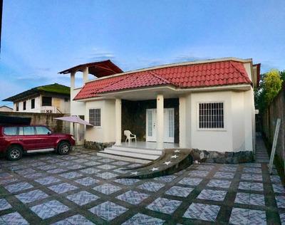 Gran Casa De Campo - Parroquia La Esmeralda