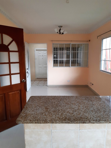 Residencial Familiar 2rec / 1b / Sala / Comedor Patio 60m2