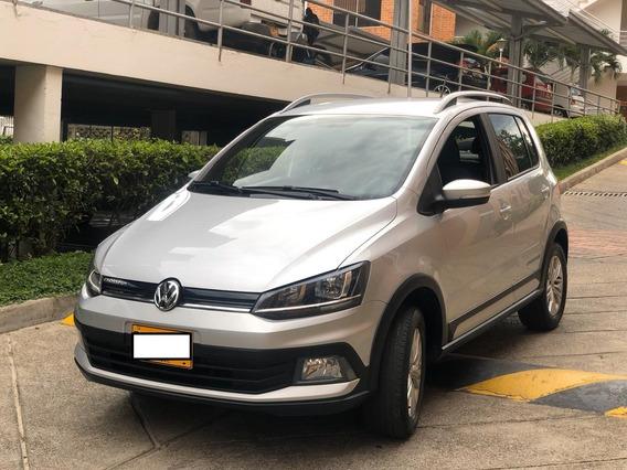 Volkswagen Crossfox 1.6 , 2018, Plateado 5 Puertas.