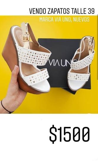 Zapatos Blancos Con Detalles Dorados Talle 39 Via Uno