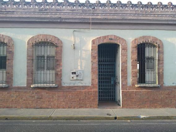 Casa En Venta En El Centro, Lara Rahco