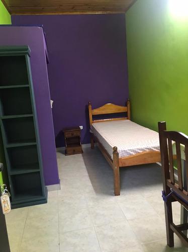 Alquilo Habitación Para Mujer En Casa De Familia