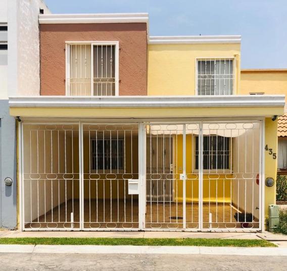 Hermosa Casa En Fraccionamiento 3 Recamaras 2 Baños Equipada
