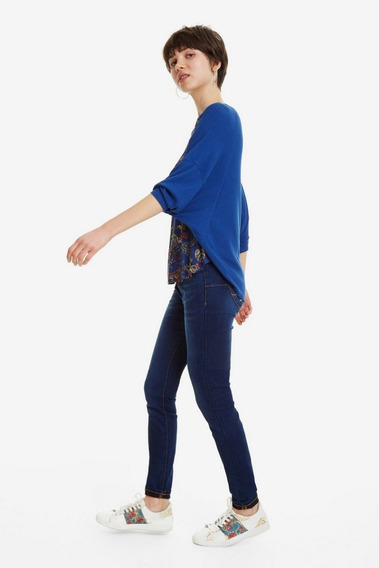 Blusa Camiseta Azul Diseño Floral Desigual