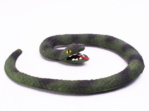 Serpiente Víbora De Goma 15 Cm Tenebrosa Chasco Halloween