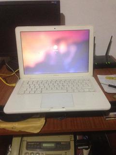Macbook White 2011