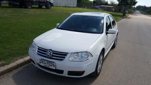 Volkswagen Bora 2.0  A4 Trendline Full