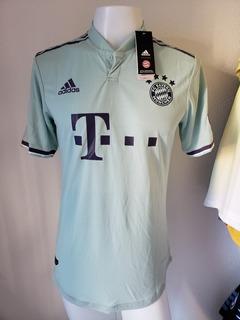 Camisa Bayern Munique Away 18-19 Lewandowski 9 Champions