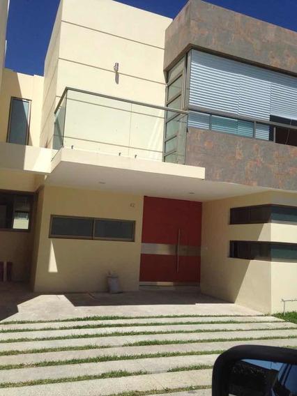 Hermosa Casa En Condominio Solares A Minutos Del Tec De Mty