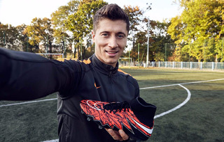 Chimpunes Nike Hypervenom Phantom Lewandowski