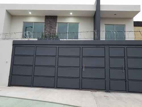 Casa En Venta Jardines Del Bosque $ 10´500,000.00
