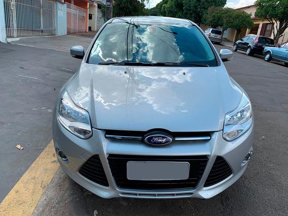Ford Focus Sedan Titanium 2.0 16v Flex 4p Automático