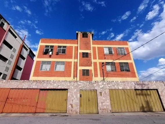 Apartamentos En Venta En El Centro De Barquisimeto 20-5410