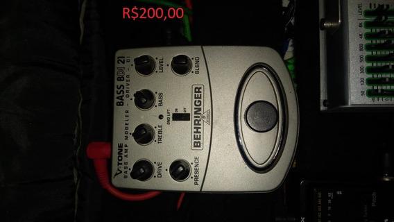 Pedal De Efeitos Behringer V-tone Bass Driver Di Bdi21